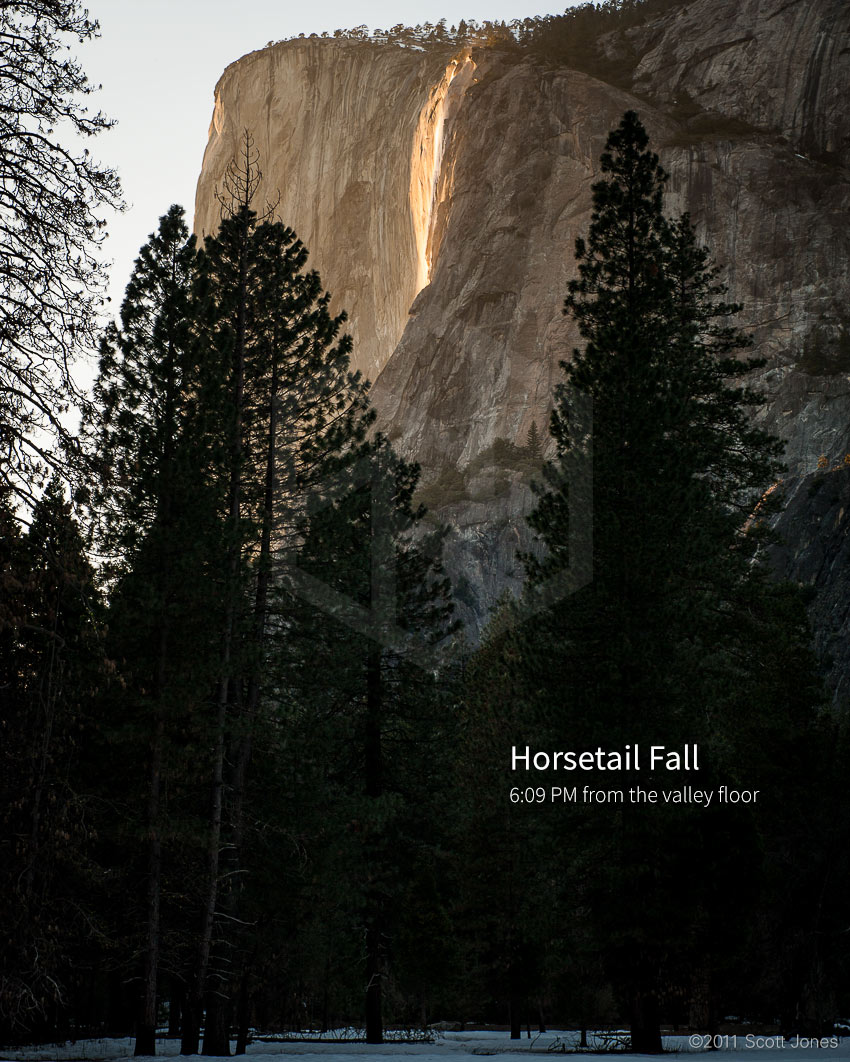 Horsetail-Fall-wide-view